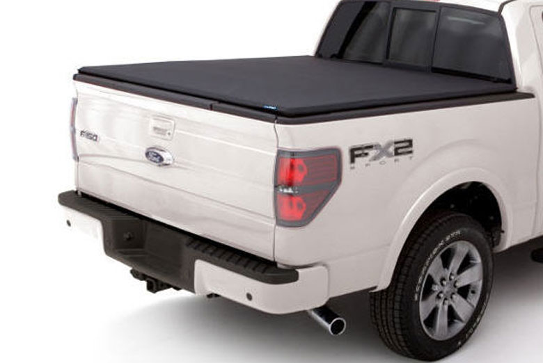 2014 Nissan Titan Genesis Elite Seal and Peel Tonneau Cover