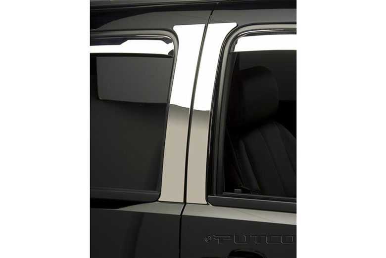 2014 Chrysler Town and Country Pillar Posts