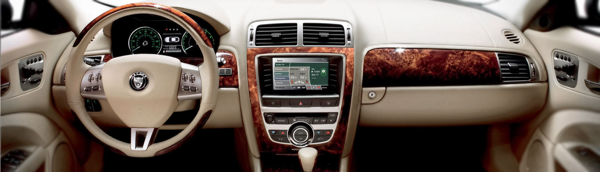 2015 Jaguar XJ Custom Dash Kits