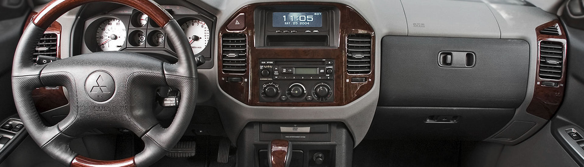 2012 Mitsubishi Outlander Custom Dash Kits