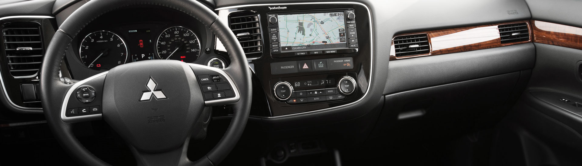 Mitsubishi Outlander Custom Dash Kits