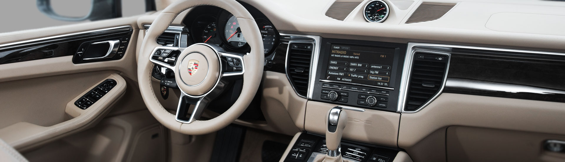 Porsche Macan Custom Dash Kits