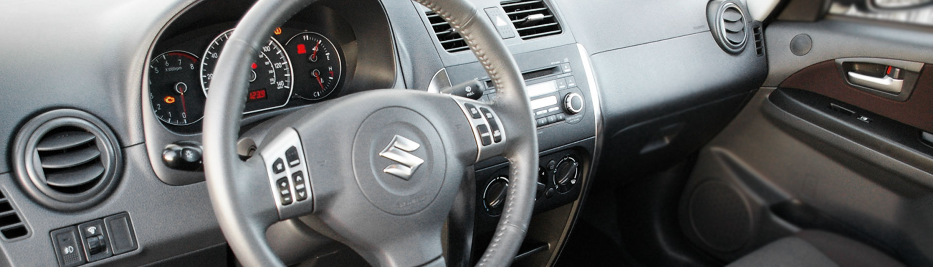Suzuki SX4 Custom Dash Kits