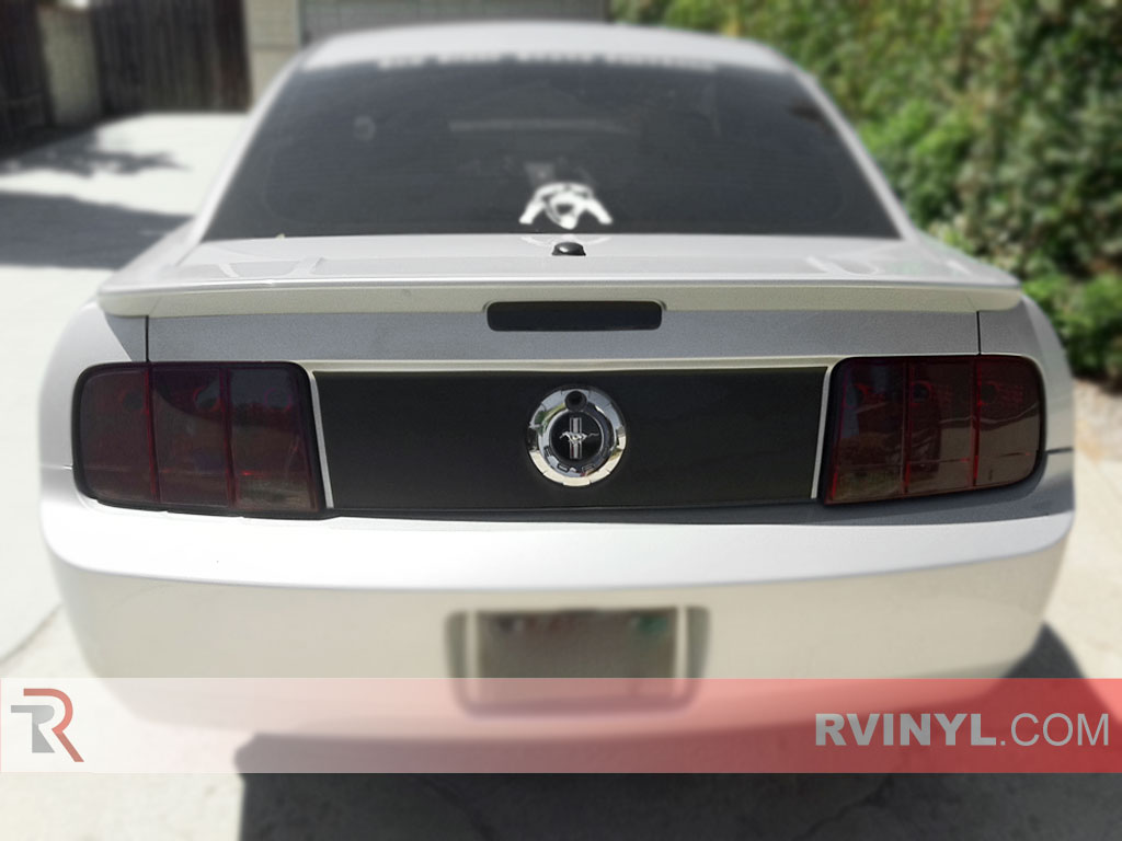 Ford Mustang 2005-2009 Smoked Tail Lamps