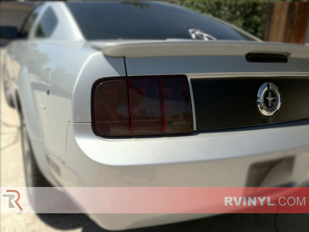 Ford Mustang 2005-2009 Tinted Tail Lights