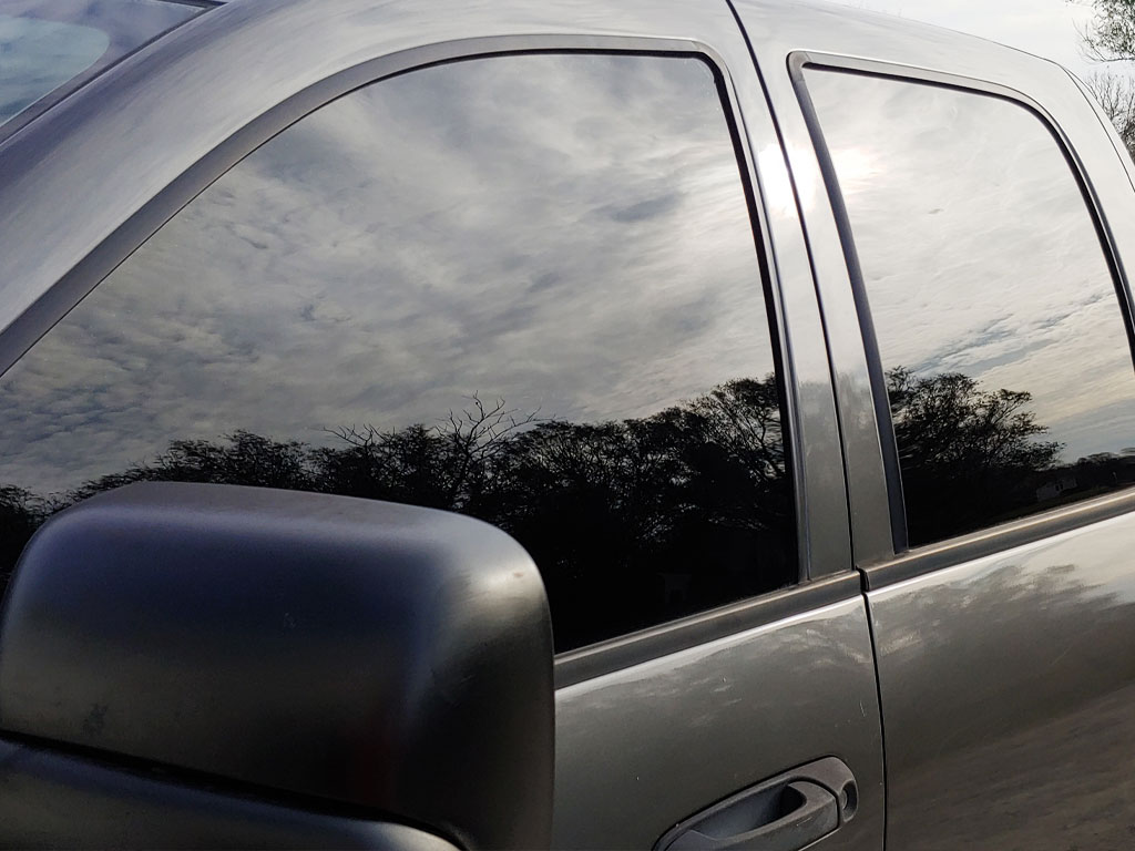 Rtint 2002 Dodge Ram Driver Window With 20 Percent VLT