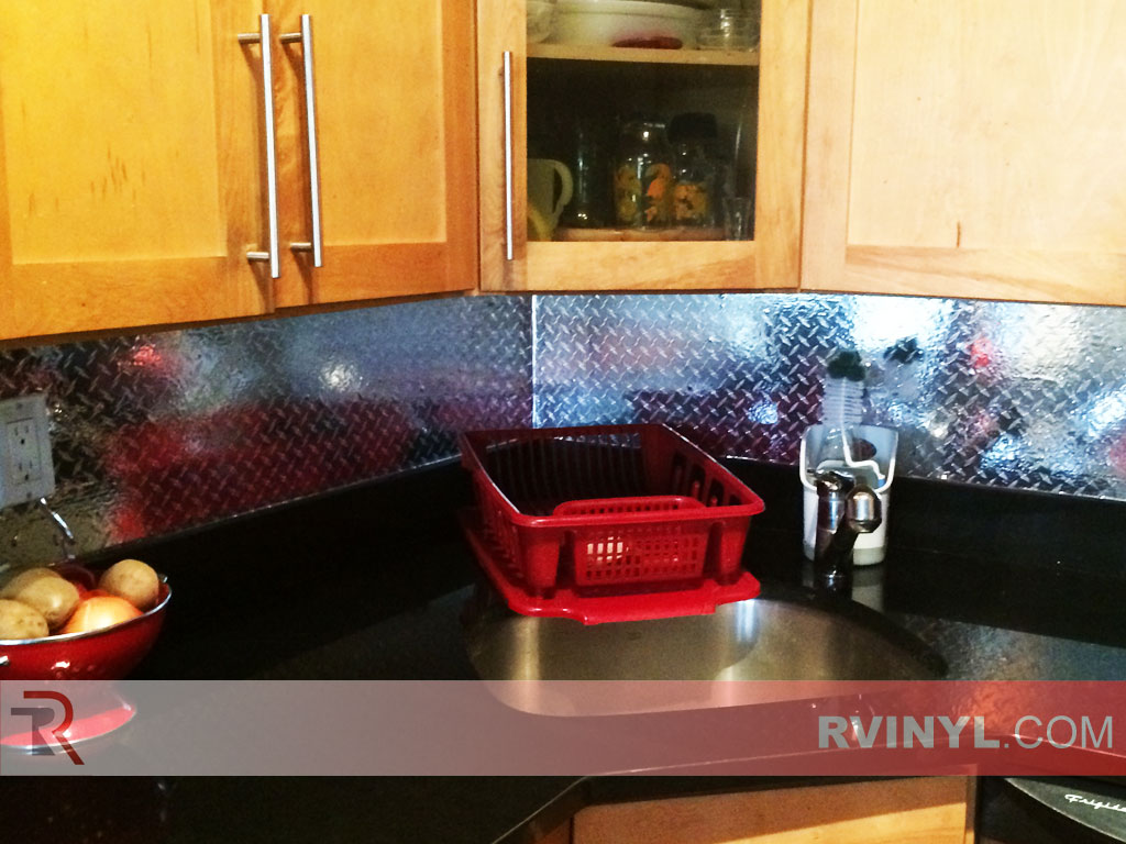 Rwraps� Diamond Plate Backsplash Wrap