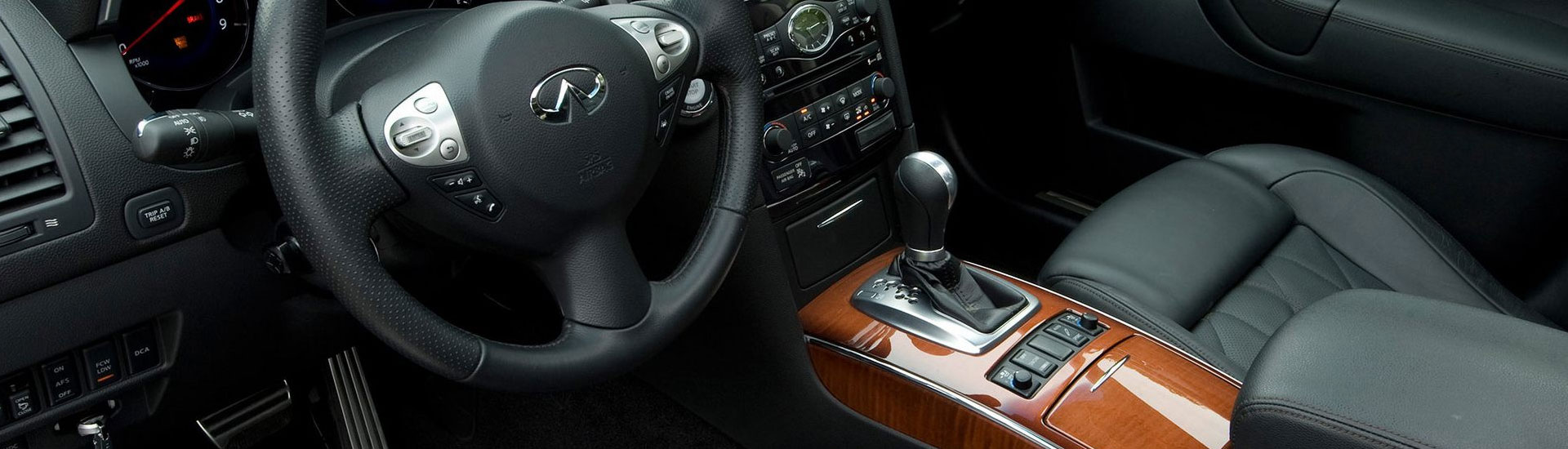 Infiniti FX35 Custom Dash Kits