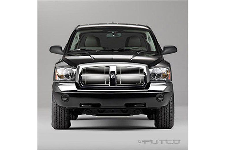 2005 Dodge Dakota Liquid Grille